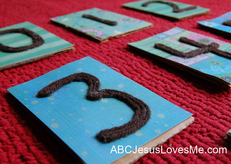 Yarn Letters and Numbers